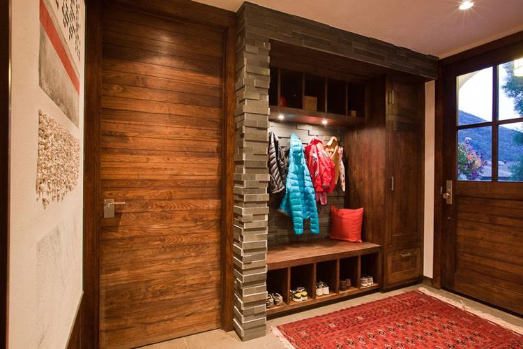 Hall dentre accueillant  ides de dcoration mobilier et amnagement