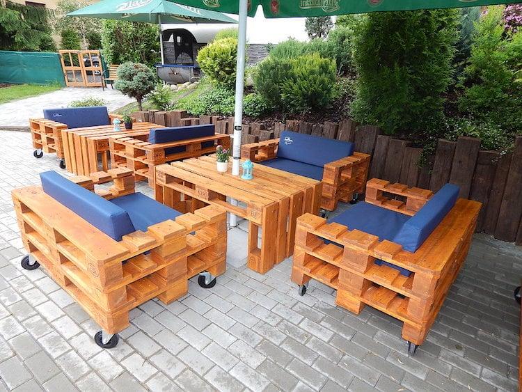Fabriquer salon de jardin en palette de bois idees - Fabriquer un fauteuil en palette ...