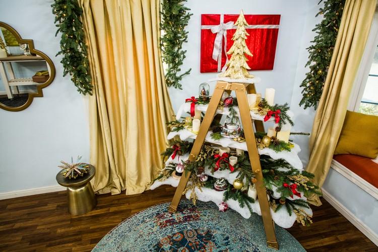 sapin fait maison bois escalier porte plantes transforme en petit village sapin fait maison une deco de noel super artistique qui enjolivera votre