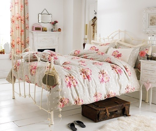 Le style shabby est idéal pour restaurer des meubles trouvés en brocante. Shabby Chic Furniture Design Ideas
