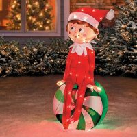 Christmas outdoor decorations for a merry holiday mood