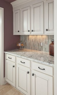 White ice granite countertops for a fantastic kitchen decor