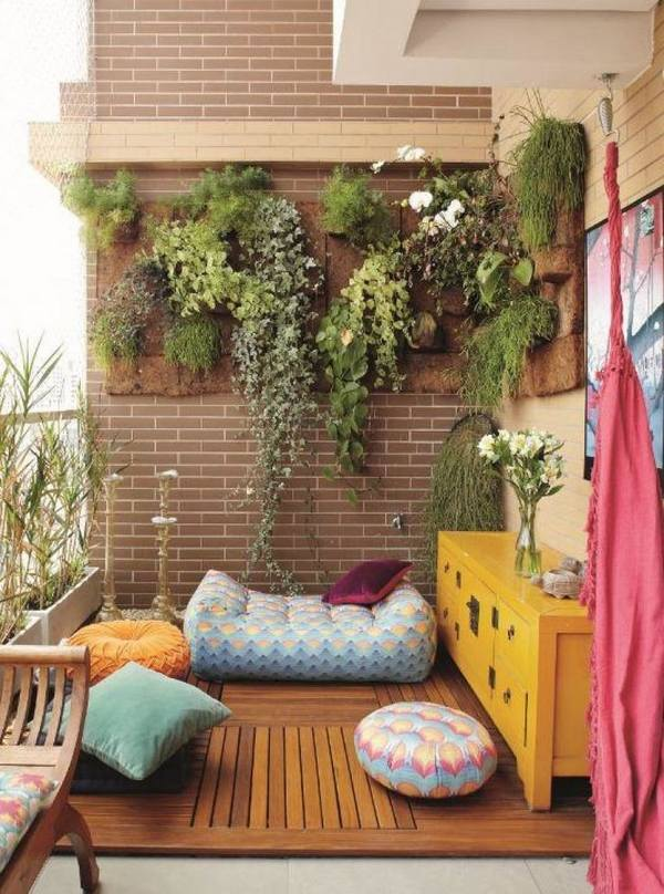 Space Saving Balcony Planters Clever Ideas For Small Balcony Gardens
