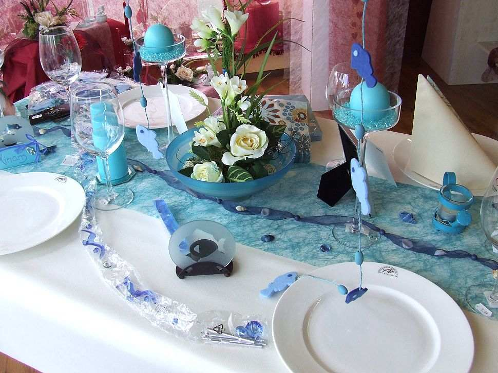 Table Runners And Decorations For