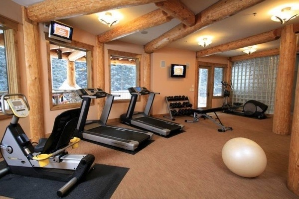 How to choose the best gym flooring for the home fitness?