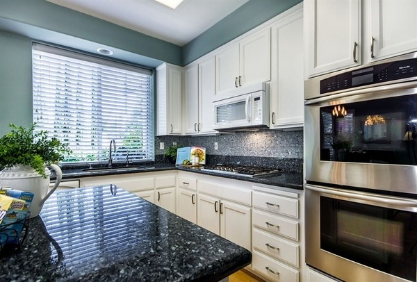 white kitchen cabinets blue countertops Fascinating blue granite countertops in modern and handsome kitchens