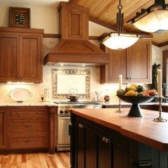 Craftsman Style Kitchen Cabinets Salamander Design What Is Typical For The
