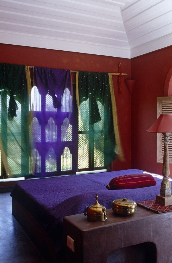 Amazing Moroccan bedroom ideas  bold colors and ornate accessories