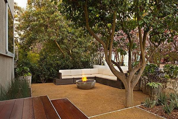 Garden Decoration And Landscaping