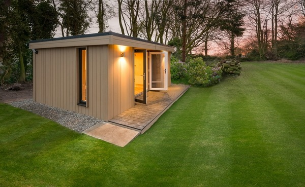 25+ Modern Shed Landscaping Ideas Pictures and Ideas on Pro