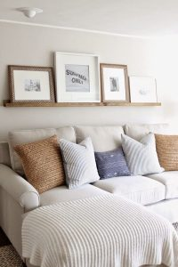 How high to hang pictures  rules, tips and ideas