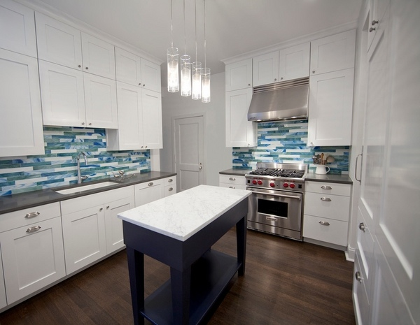 Richlite Countertop White Shaker Cabinets – The Hottest Trend In Kitchen Design