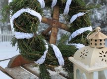 Winter wreaths ideas – how to choose the style, color and ...