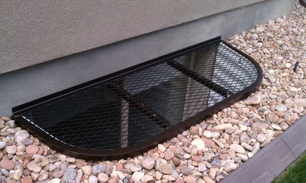 Window well covers  types, materials, advantages and