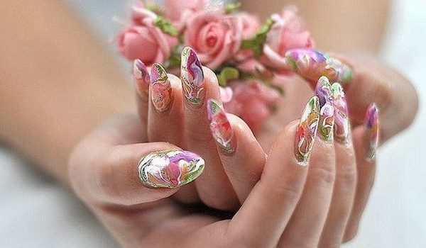 Nail Extension And Design Is Now So Por That Many Young Las To Take Short Term Courses On This Kind Of Activity Only Carry Out Procedure For