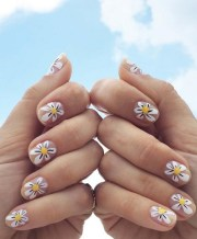 daisy nail art ideas cute summer