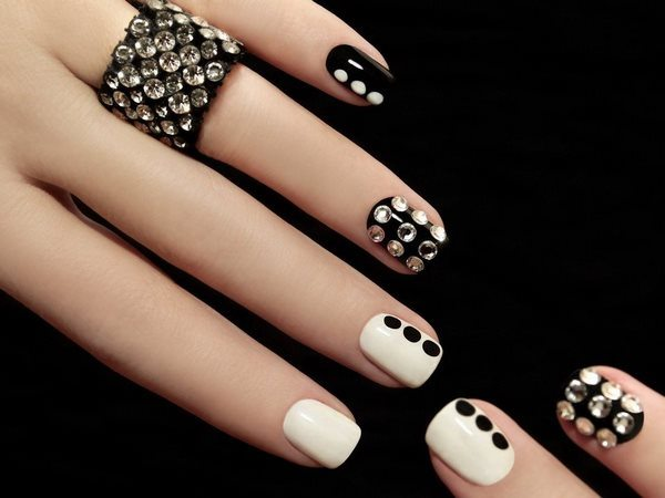 Elegant Nail Designs With Rhinestones Glamorous And Chic Manicure Ideas Art