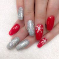 Snowflake nail designs  create some winter magic on your ...