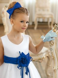 Little girl hairstyles for long and short hair for any