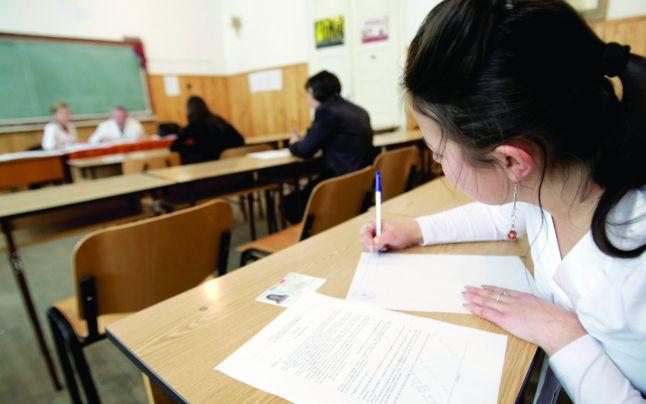 Învăţământul profesional devine obligatoriu pentru elevii care obţin mai puţin de 5 la Evaluarea Naţională.