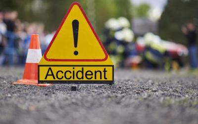 Un tânăr a fost depistat de poliţişti după ce a provocat accident şi a părăsit locul faptei