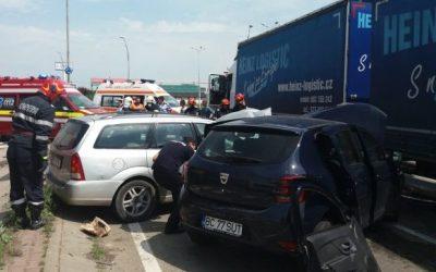 Accident rutier la Auchan Bacău