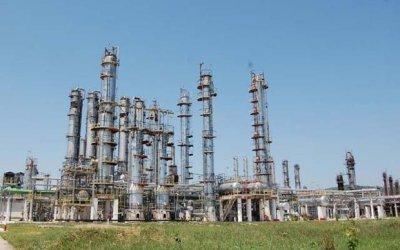 La Rafo Onești se vor monta instalații pentru producerea carburanților ecologici