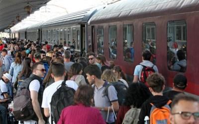 """Tudorița Lungu: """"Îl provoc pe ministrul Răzvan Cuc să călătorească în picioare, de la București la Suceava, într-un tren supra-aglomerat"""""""