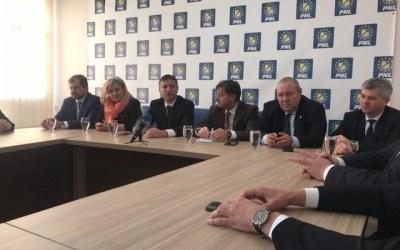 Parlamentarii liberali, apel la solidaritate și încredere în instituțiile statului