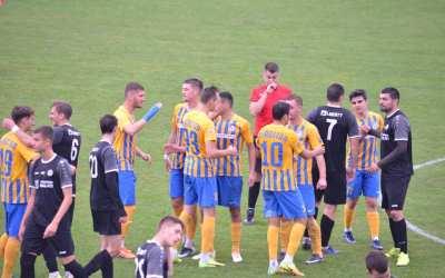 Final de meci la Mogoșoaia, în duelul dintre Petrolul Ploiești și Aerostar Bacău!