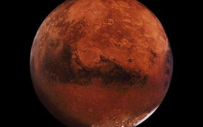Sesiune de observaţii astronomice. Băcăuanii pot admira Luna și planeta Marte