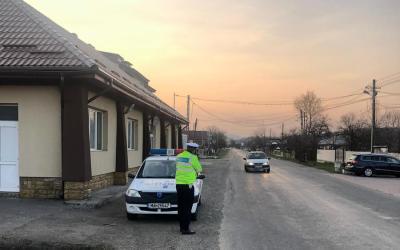 COMBATEREA VITEZEI EXCESIVE: 113 persoane sancţionate şi 24 de permise reţinute de poliţişti pentru depăşirea vitezei