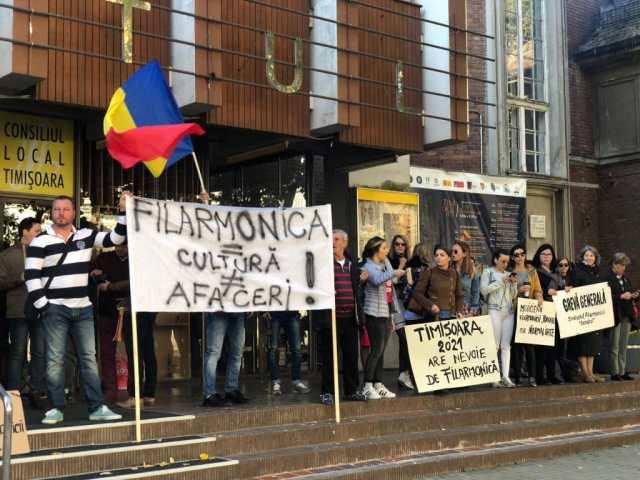 Protest la Filarmonica Banatul. Foto: arhivă.