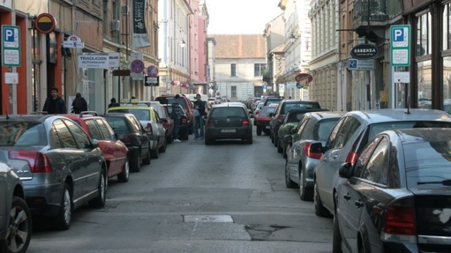 Nicolae Robu vrea să închirieze locurile de parcare din oraş