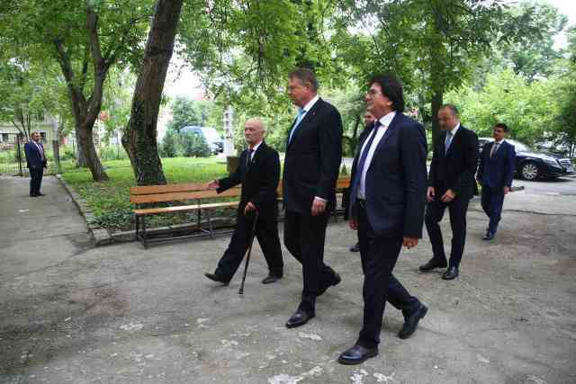 Klaus Iohannis, vizită la Memorialul Revoluției