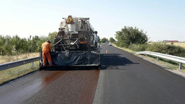 Șoseaua spre Sânandrei, de la Drumul Național 69, va fi lărgită la patru benzi