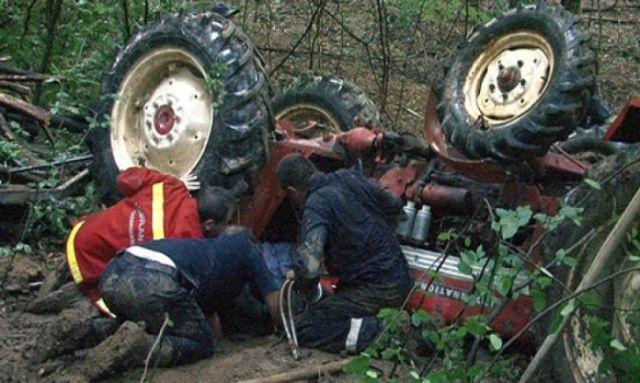 Un bărbat a murit strivit de tractor în vestul țării