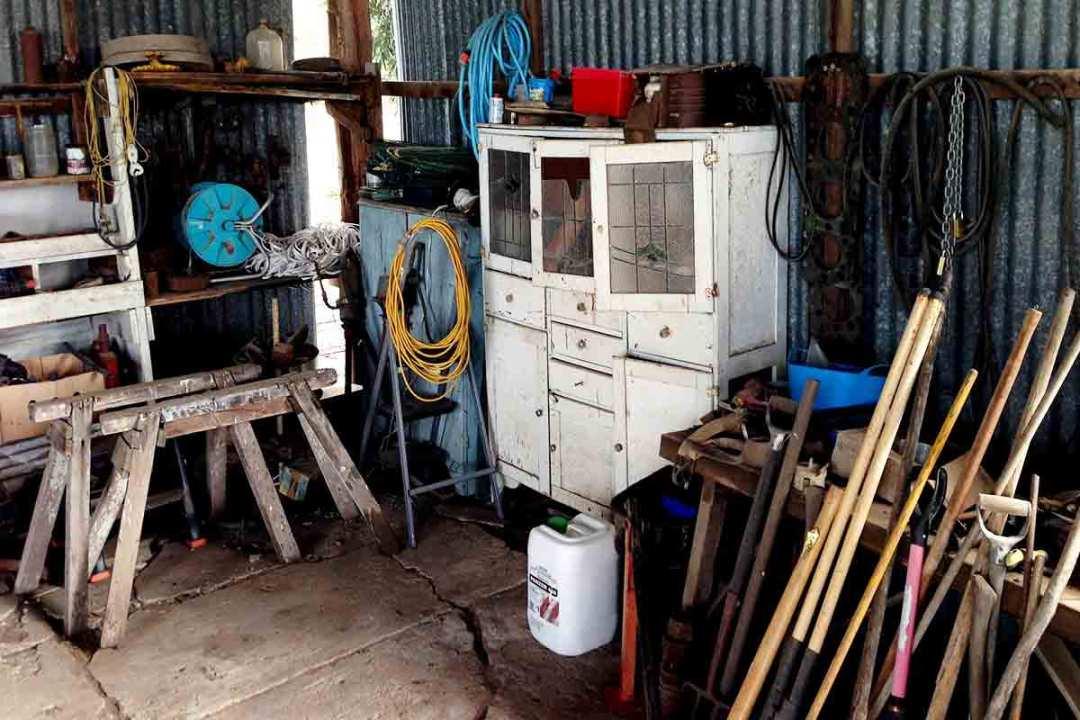 À propos de débarras37 spécialiste du vide maison, appartement, cave, grenier et locaux commerciaux sur Tours et en Indre-et-Loire