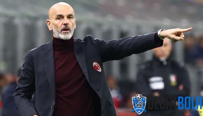 Stefano Pioli Khawatir Fisik Para Pemain AC Milan