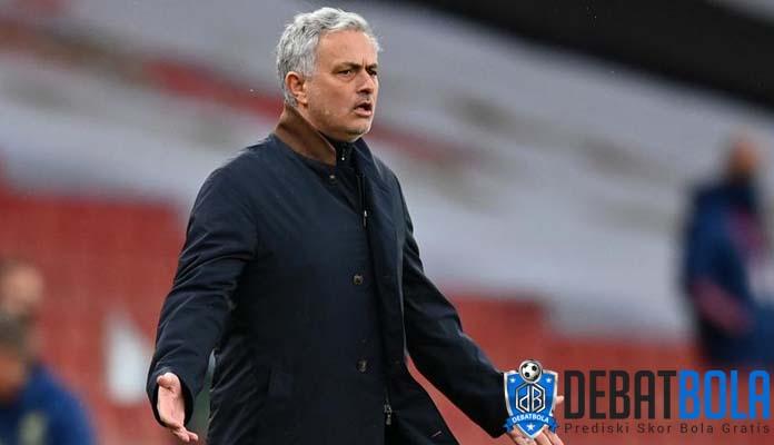 Depak Fonseca, AS Roma Tunjuk Jose Mourinho Sebagai Pelatih Baru