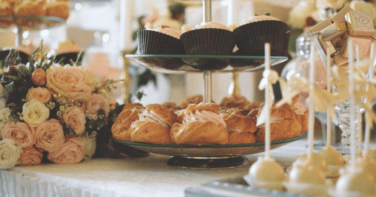 ≫5 ideas para decoración de mesas de bautizos 🔥
