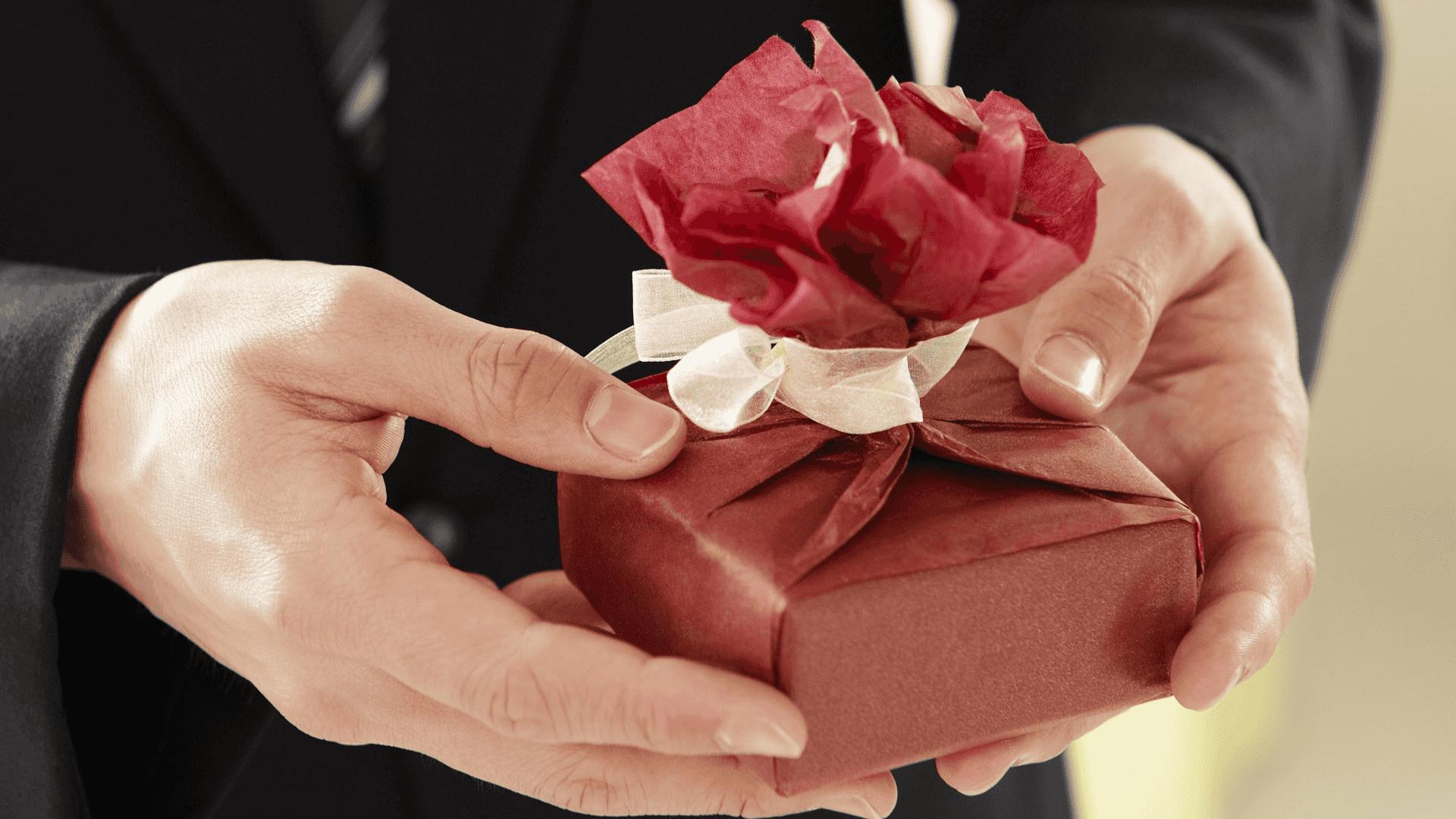 5  ideas únicas de regalos para el Padrino de Bautizo