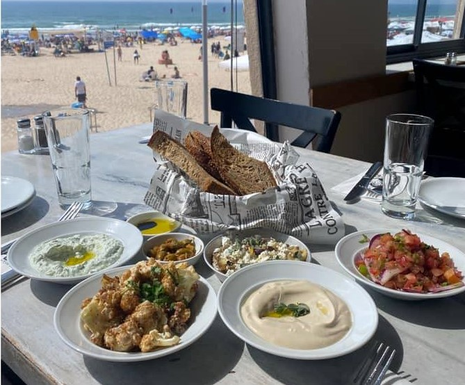 Pepe Rishon Le Zion - Beach Restaurant - Not Kosher - Salads with view