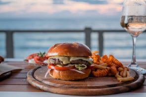 Yama - Herzliya Pituach - Not Kosher - Beach Restaurant - Burger