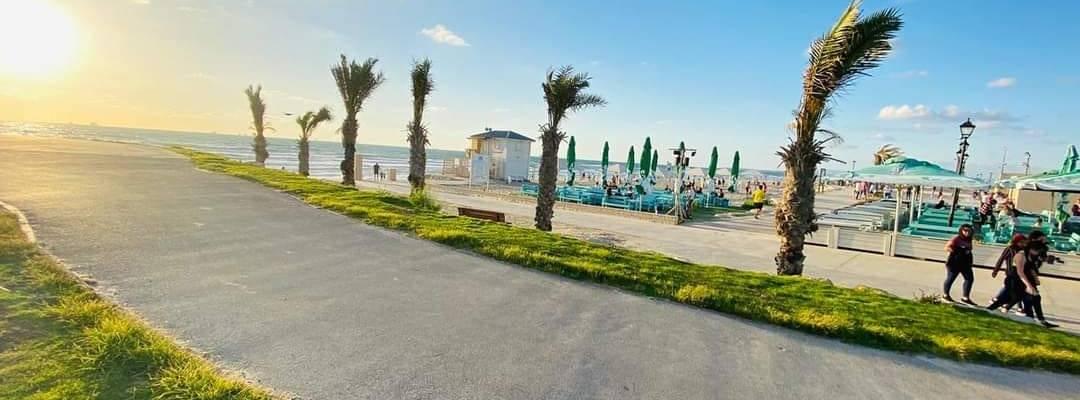 Amigos Bar - North Beach Restaurant - Kiryat Yam