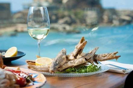 Crusaders Restaurant - Fish by Sea - Caesarea - Kosher Hatzalbanim