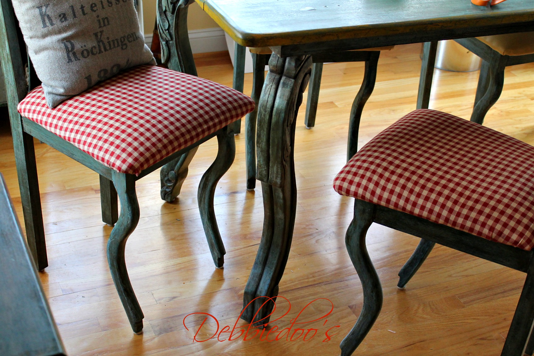 Gingham Chair How To Reupholster Chairs Debbiedoos