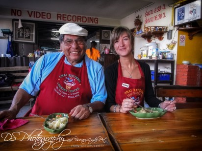 Two nationalities meet in Thailand during cooking class