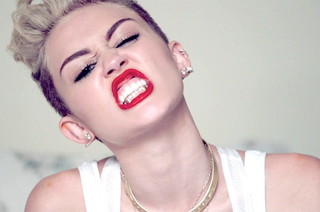 Miley Cyrus is all grown up- It's me, debcb