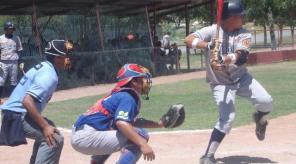 Francisco Maturin de Monterrey-Chihuahua en la Liga Clase AA de la Academia